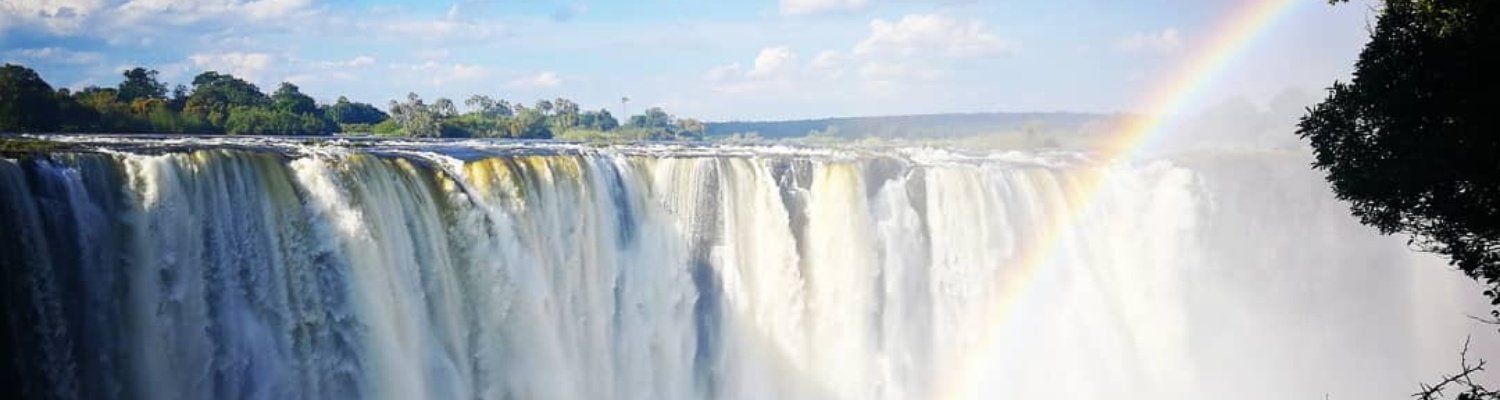 A guided trip to Victoria Falls